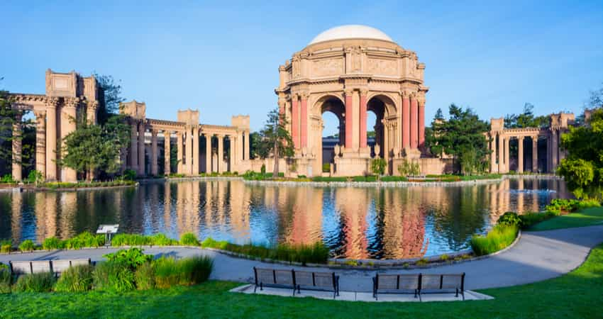 The Palace of Fine Arts in San Francisco during the day time